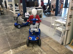 Scooter elettrici per disabili e anziani modelli SUPER4 E MINI LS smontabili colore blu